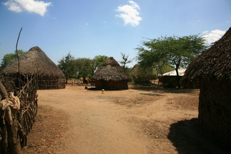Residents of Kipao live in customary straw-thatched huts.